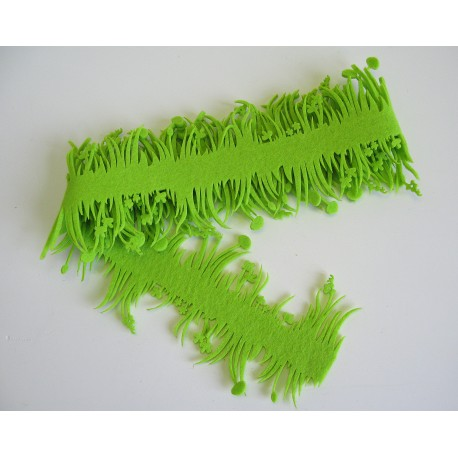 Filc dekor tráva 150 cm
